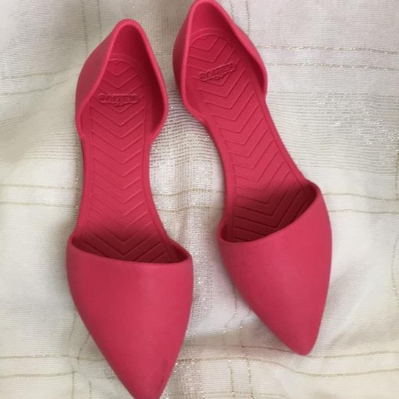Women's Pink NATIVE Keep It Lite Flat Shoes Sz 7